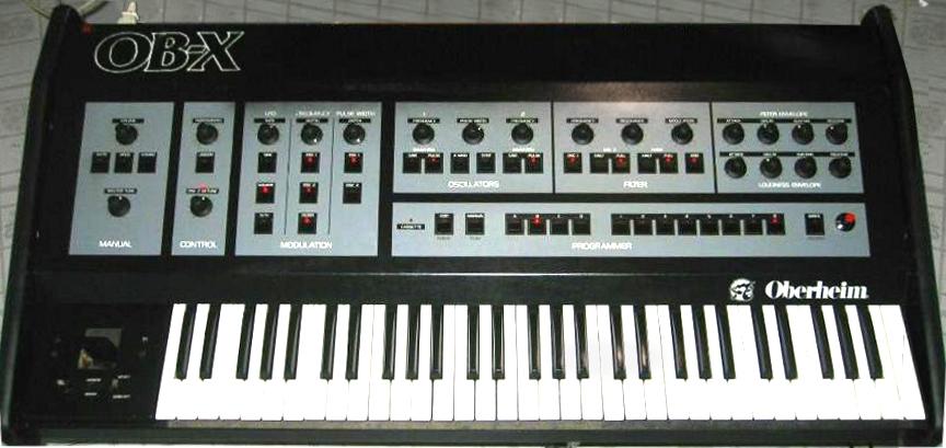 analizando sweet dreams de eurythmics Sintetizador Oberheim OB-X