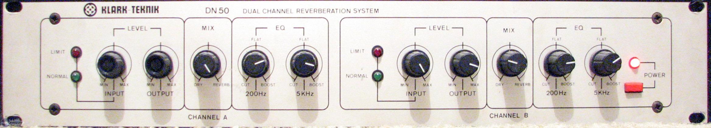 analizando sweet dreams de eurythmics Reverb Klark Teknik DN50
